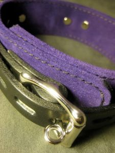 collar-cuffs-closeup1